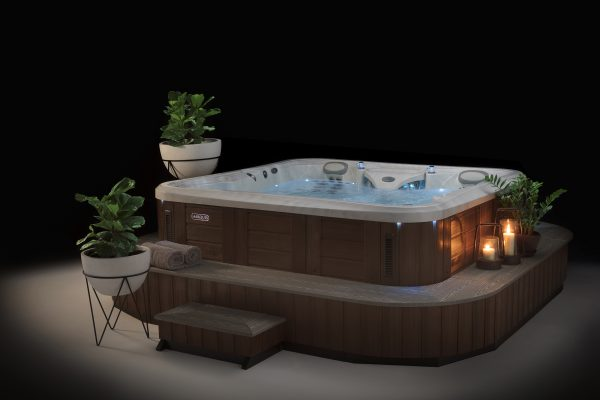 Marquis Spa Epic Hot Tub